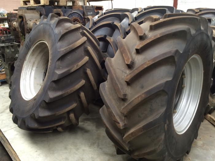 Case, 600/70R30, michelin